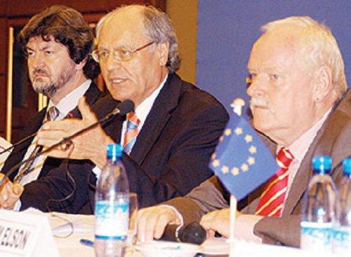 eu-news-conference-500